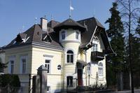 pension-villa-nova-aussen-sued.jpg